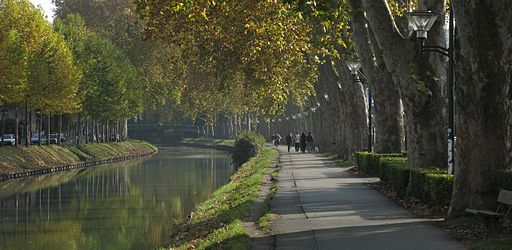 The Canal du Midi (Source: Wikimedia Commons)
