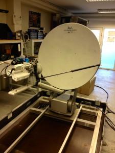 AVL auto-pointing antenna
